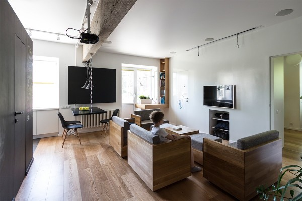 afc95__media-room-sofa-arrangement-600x400