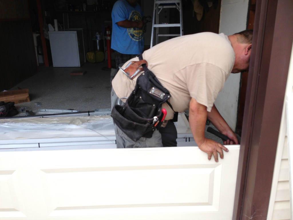 Garage-door-replacement-in-San-Dieago
