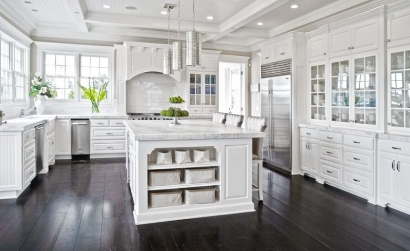 The Timeless Appeal Of All White Kitchens