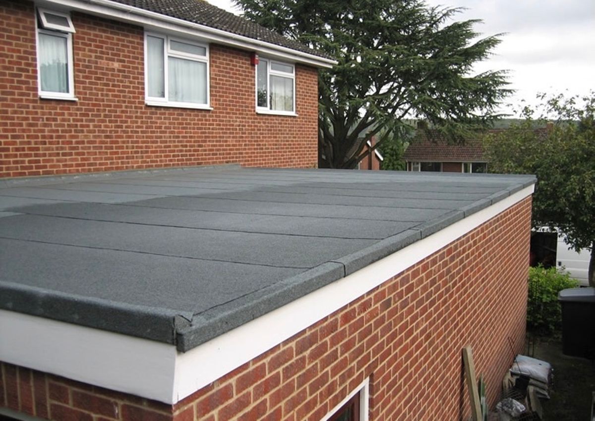 3 Advantages Of Choosing a Felt Roof Over The Other Options | Bk Glass House